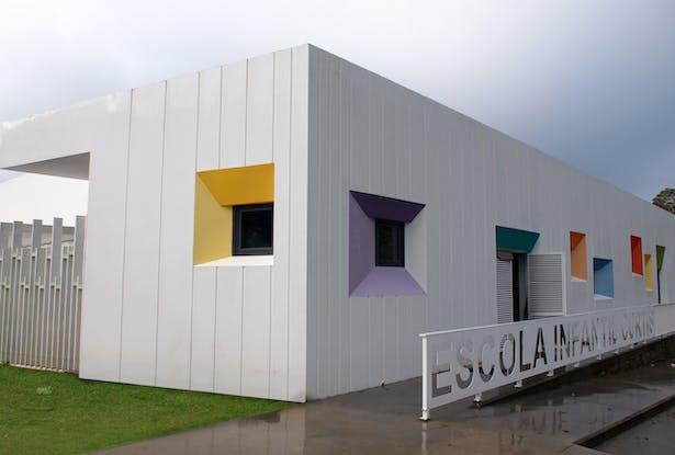 Nursery School in Curtis, A Coruña (Spain) NAOS ARCHITECTURE ...