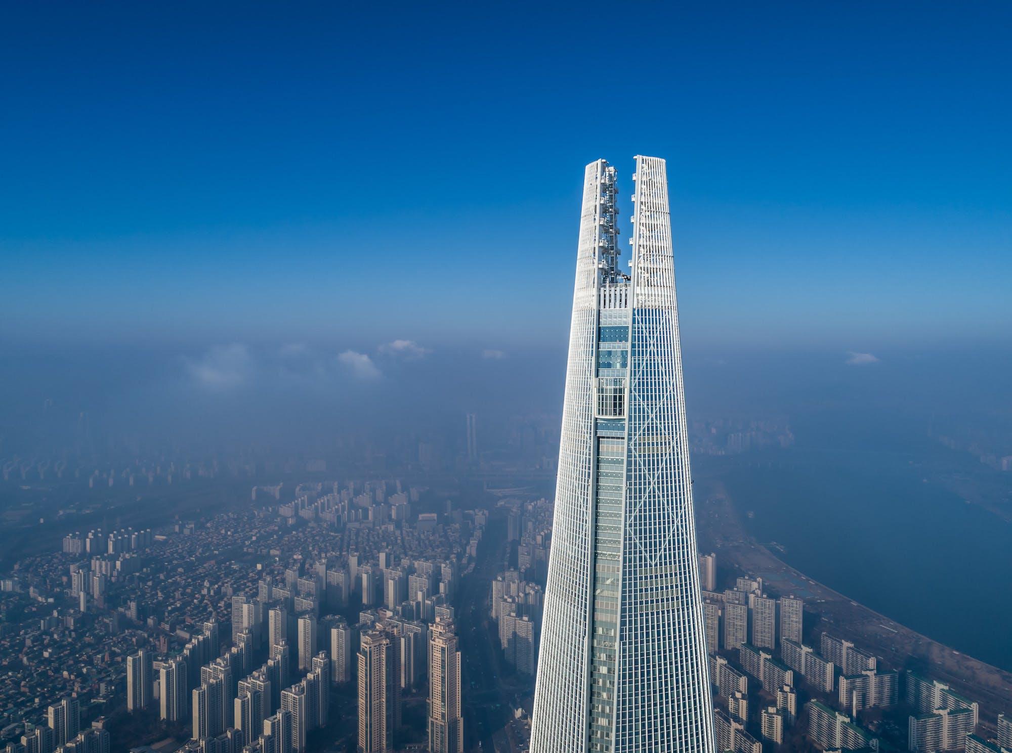 Kohn Pederson Fox Associates Lotte World Tower In South Korea Wins