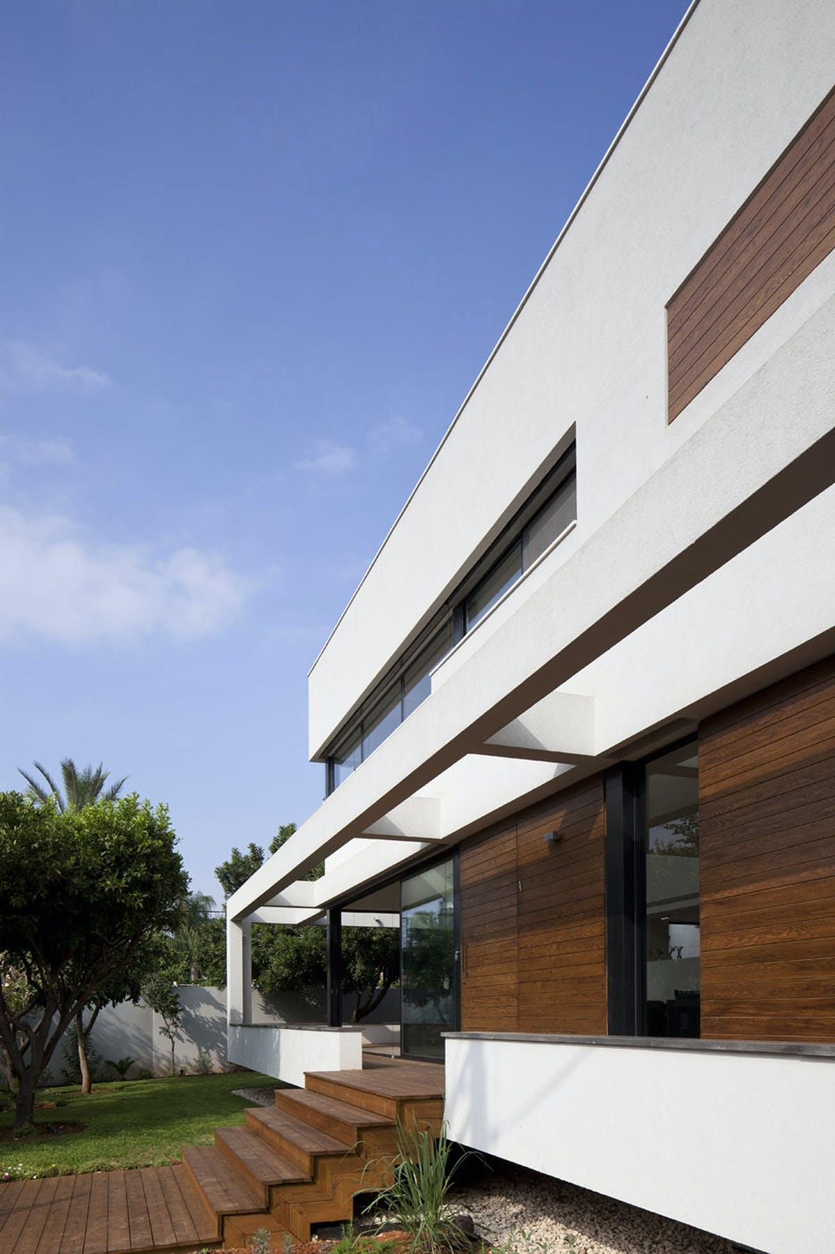 G HOUSE Contemporary Mediterranean Villa PazGersh Architecture
