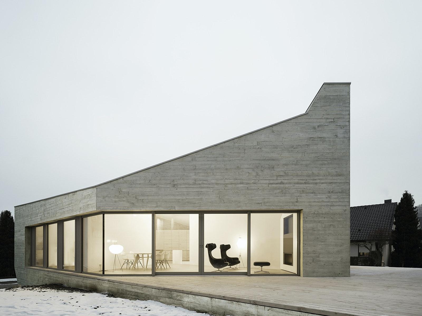 Pliezhausen Apartment Building. Architect: Steimle Architekten GmbH.  Location: Stuttgart, Germany. Photo: Brigida González.
