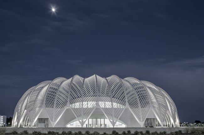 Florida Polytechnic University in Lakeland, FL by Santiago Calatrava; Photo: Julian Parkinson