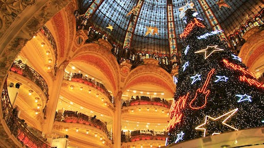Christmastime in the Galeries Lafayette. Photo by Campus France via flickr.