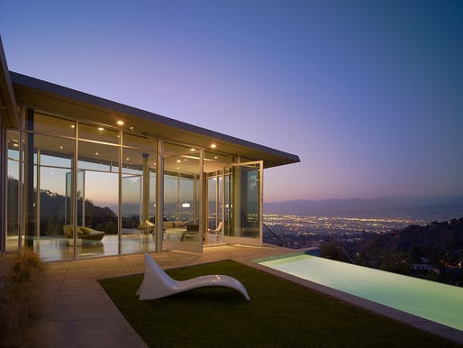 Skyline Residence by Belzberg Architects. Photo © Benny Chan - Fotoworks