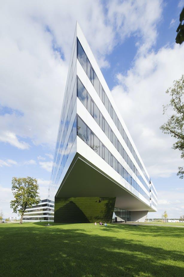 image © Werner Huthmacher | kadawittfeldarchitektur