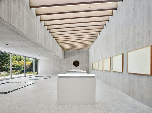 De Maria Pavilion; Bridgehampton, New York by Gluckman Tang Architects. Photo: Nikolas Koenig