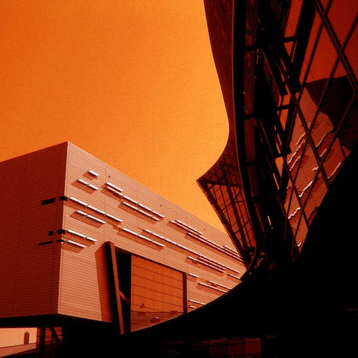 University of Cincinnati Campus Recreation Center. Designed by Thom Mayne, Morphosis, in collaboration with KZF Design. Photo via Flickr.