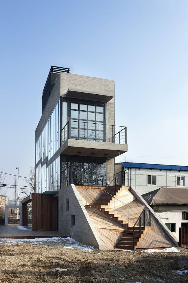 Sinjinmal Building in Incheon, South Korea by studio_GAON; Photo: Youngchae Park