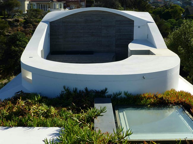 Green roof of Seacliff House by Chris Elliott Architects. Photo © CEA