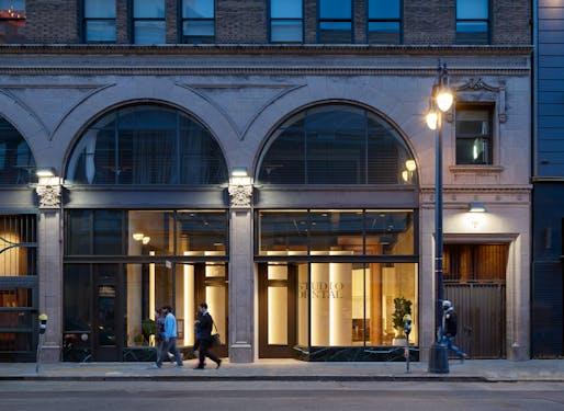 DESIGN AWARD - MERIT: Montalba Architects, Inc., Studio Dental II, San Francisco, CA. Photo: Kevin Scott.