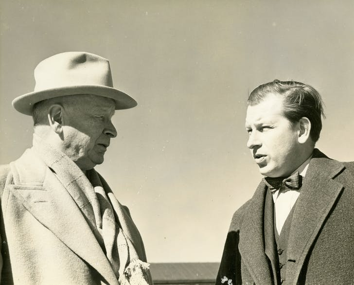 Eliel Saarinen and his son, Eero Saarinen, ca. 1941 Credit: Cranbrook Archives. Courtesy of ADFF.