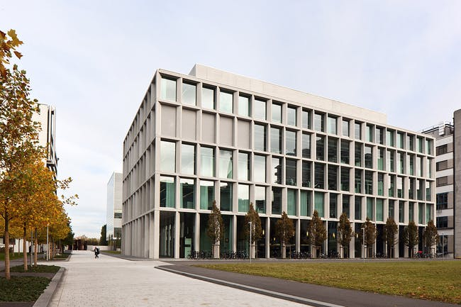 Laboratory Building in Basel, Switzerland (Photo: Ute Zscharnt)