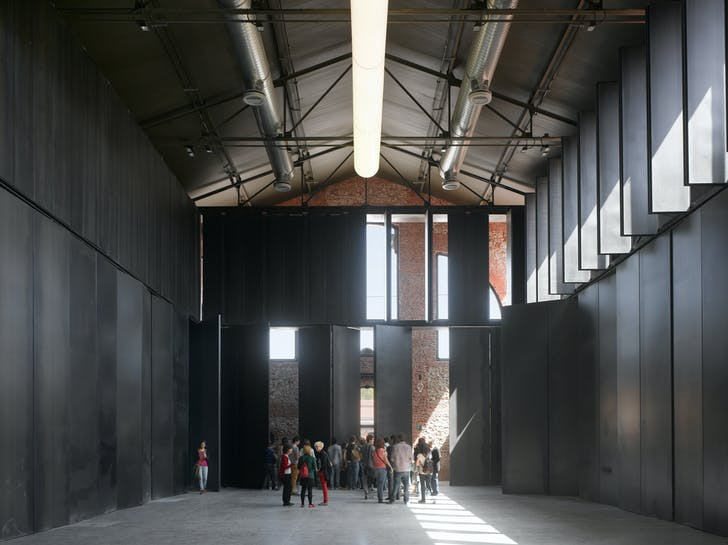 Hangar 16, Matadero (Madrid, Spain). Image courtesy of Iñaqui Carnicero.
