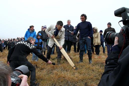 Bjørn Kalsø, the Faroe Islands Minister of Education, Science and Culture, breaking ground on the Marknagil Education Center (Photo: Kári Mikkelsen/Landsverk)