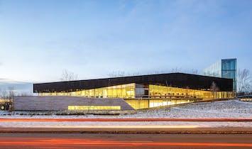 RAIC distinguishes Montreal's Bibliothèque du Boisé with 2017 Green Building Award