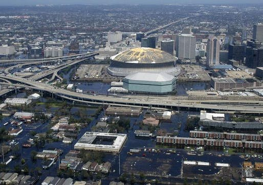 The area around the Superdome in New Orleans flooded after Hurricane Katrina. Credit: WikiCommons