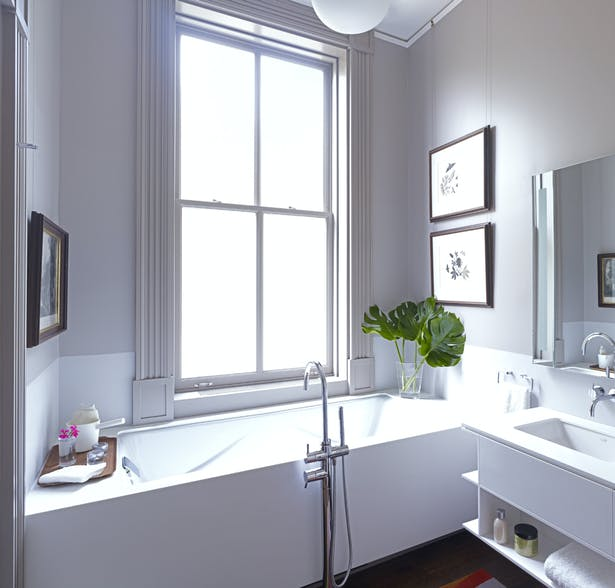 Master bathroom west