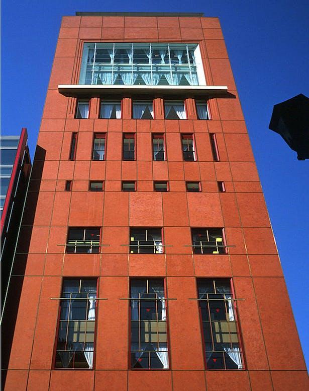 Shiseido Building Ricardo Bofill Taller De Arquitectura