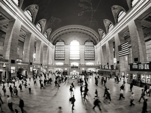 Grand Central Station Main Concourse. Photo: Andrew Roberts/Flickr.