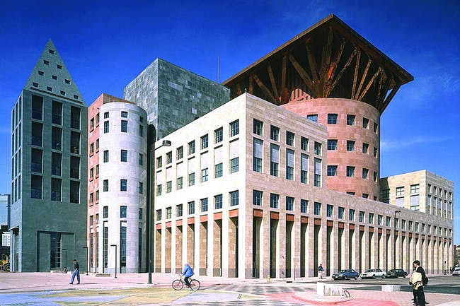 LIFETIME ACHIEVEMENT - Michael Graves: Denver Central Library (Denver, Colorado, 1995). Photo: Courtesy of Michael Graves Architecture & Design