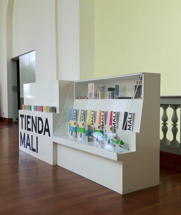 Merchandising Kiosk, 2015