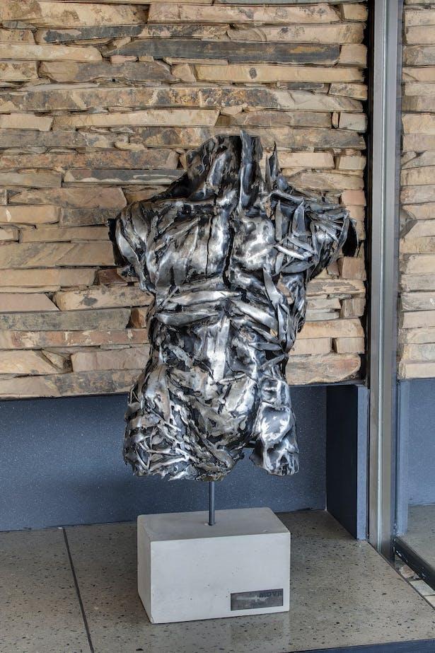 Sculpture by Regardt van der Meulen