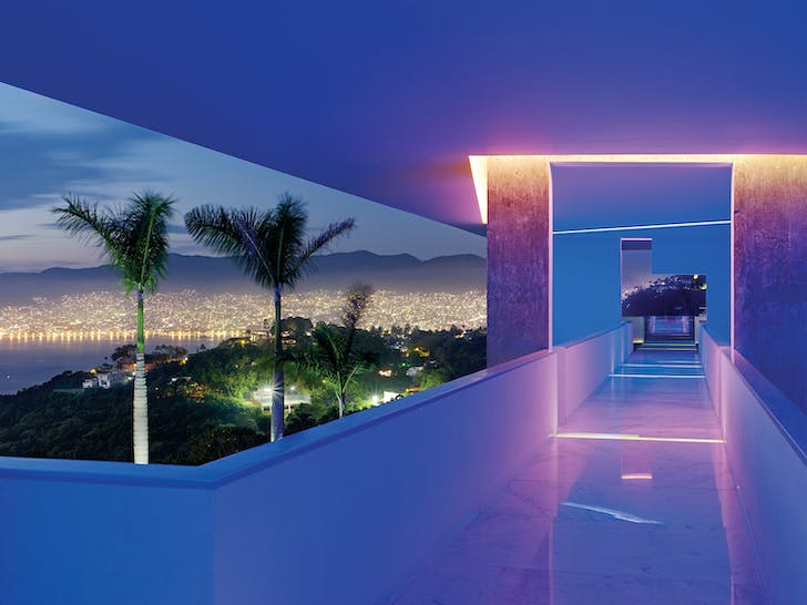Joe Fletcher: Encanto Hotel by Miguel Àngel Aragonés Architect. Shot in Acapulco, Mexico, 2010. © Joe Fletcher