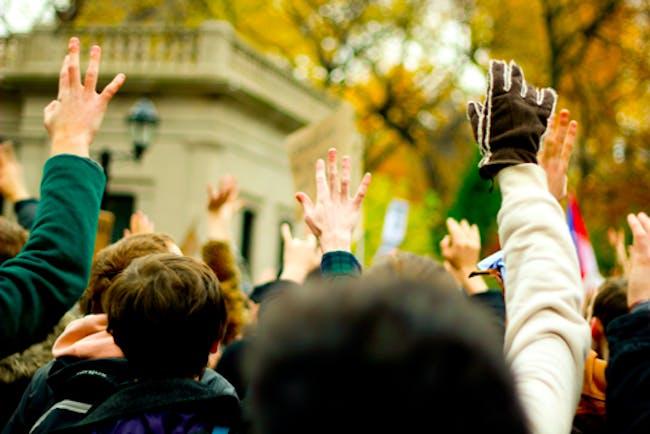 ccupy W with hands photo via Jemeul