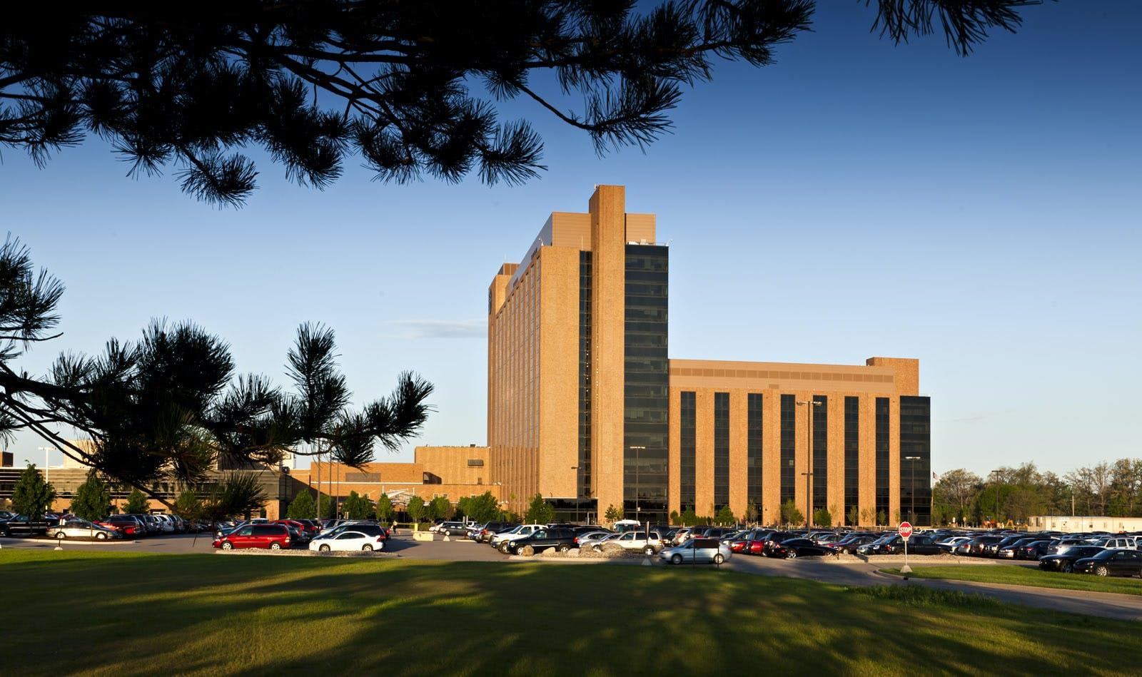 Saint Joseph Mercy Health System East North Towers