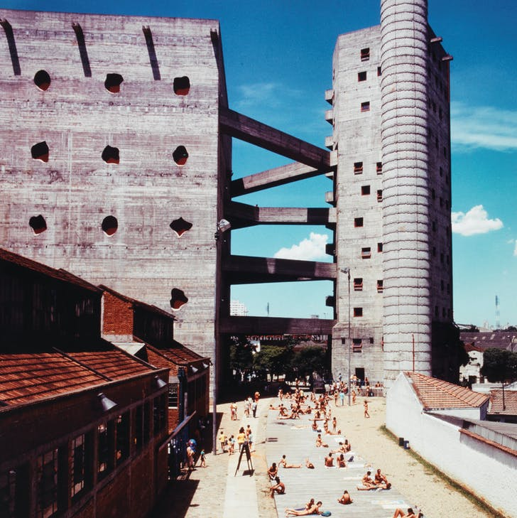 Lina Bo Bardi's 'SESC Pompéia' deck, date unknown. Photographer unknown. Courtesy of the Instituto Lina Bo e P.M. Bardi.
