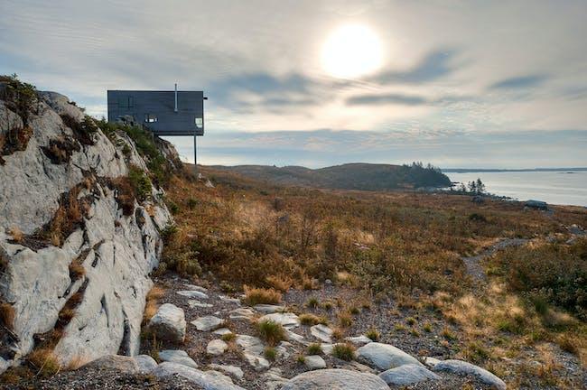 Cliff House. Photo credit: Greg Richardson, MacKay-Lyons Sweetapple Architects