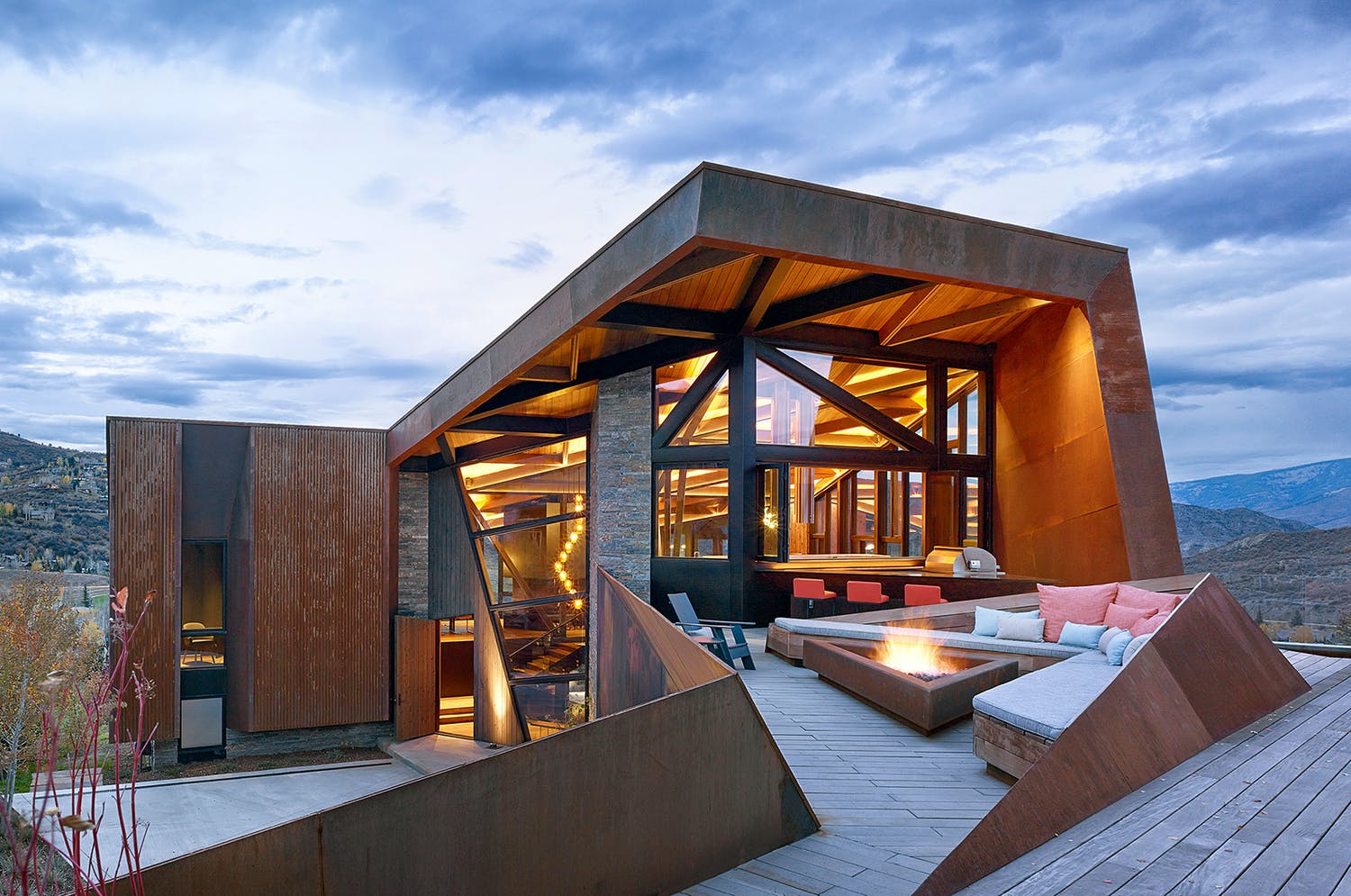 Celebrating the best of pacific northwest architecture for Alpes archi