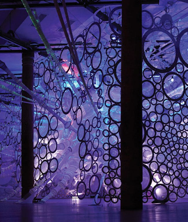 Day to evening light simulation. The myThread Pavilion features responsive WHOLE- GARMENT knitted solar active, photoluminescent, and reflective yarns. Photos courtesy of Nike, Inc