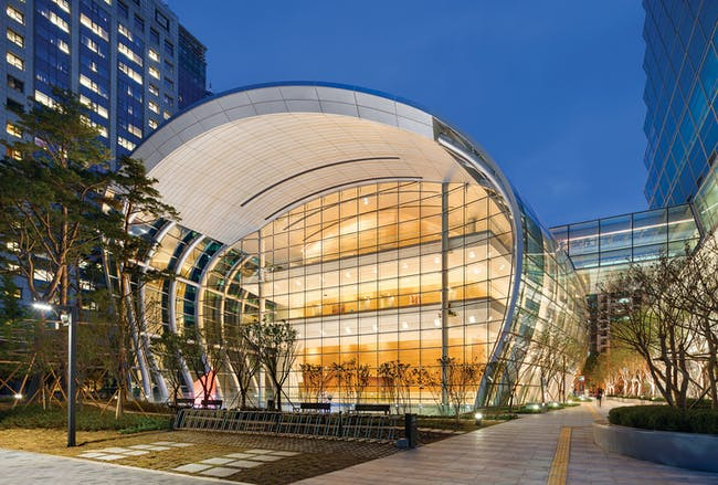 The new Federation of Korean Industries HQ by Adrian Smith + Gordon Gill Architecture. Image courtesy of AS+GG.