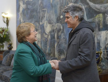 Alejandro Aravena, this year's Pritzker Prize winner, meeting with Chilean President Michelle Bachelet. Credit: Wikipedia