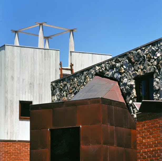 Exterior, detail