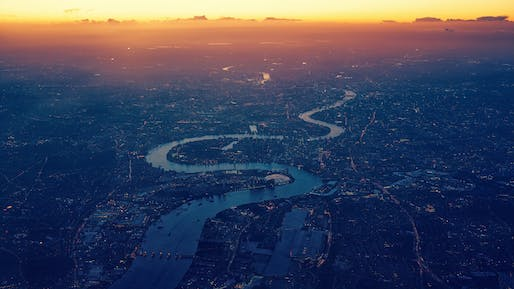 River Thames. Photo by Johannes Plenio from Pexels