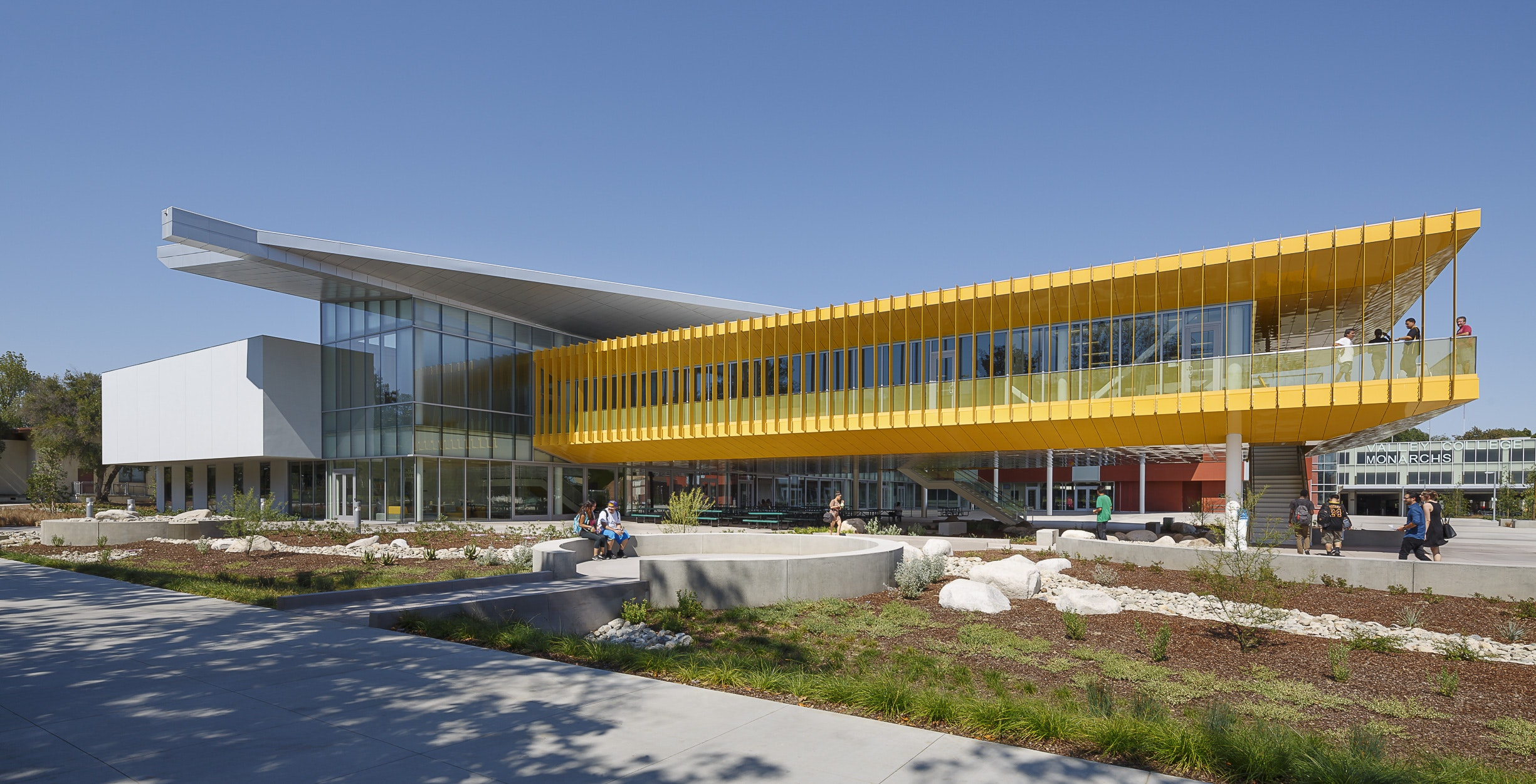 (Los Angeles, CA) June 22, 2016    Los Angeles Valley College (LAVC)  Recently Completed Its New 66,000 Square Foot, Two Story Monarch Student  Center ...