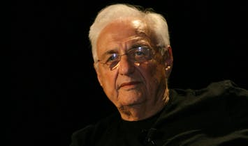 """Frank Gehry establishes annual """"Gehry Prize"""" for SCI-Arc"""