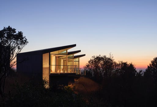 Architecture Honor: Ridge House. Honoree: Mork Ulnes Architects. Photo: Bruce Damonte.