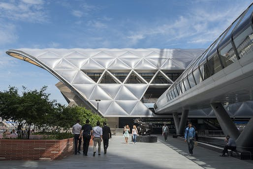 2015 - Crossrail Station and Retail, Canary Wharf, United Kingdom. Photo credit: Foster + Partners