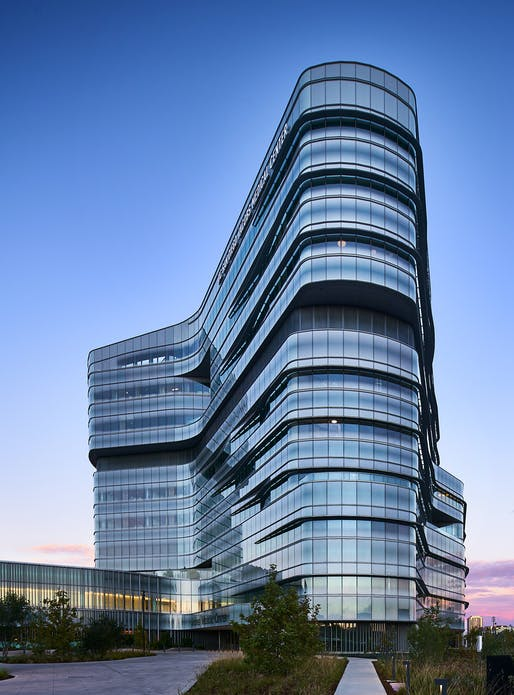 ​UC San Diego Jacobs Medical Center; La Jolla, California by Cannon Design​. Photo: Christopher Barrett