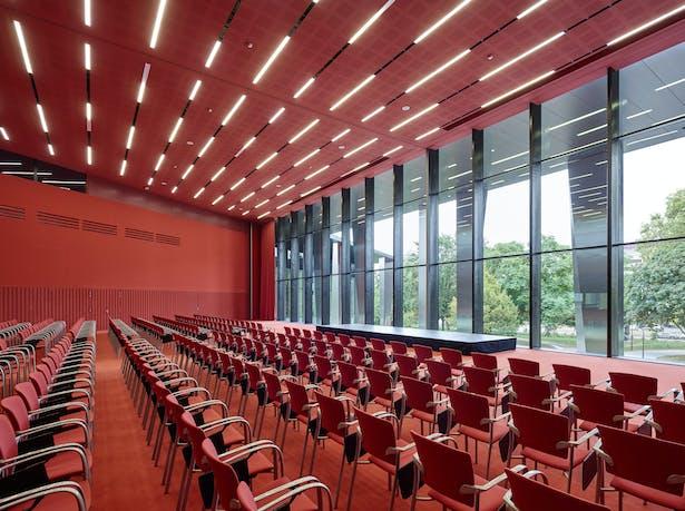 Palais de la Musique et des Congrès (PMC) Strasbourg – Conference hall Marie Curie