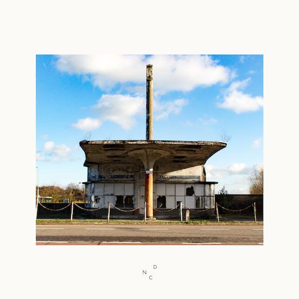De Nieuwe Context onderzoekt een mogelijke herbestemming van dit tankstation in Withuis.