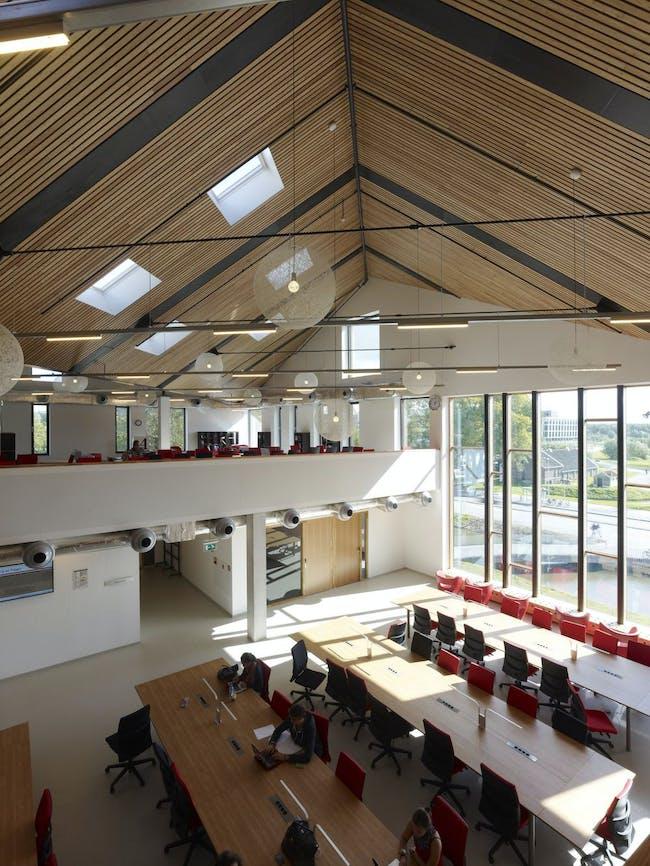 Tilted roof (Image: Mecanoo architecten)
