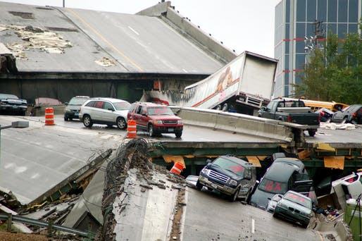 When the I-35W Mississippi River bridge collapsed, 13 people were killed and 145 injured. Credit: Wikipedia
