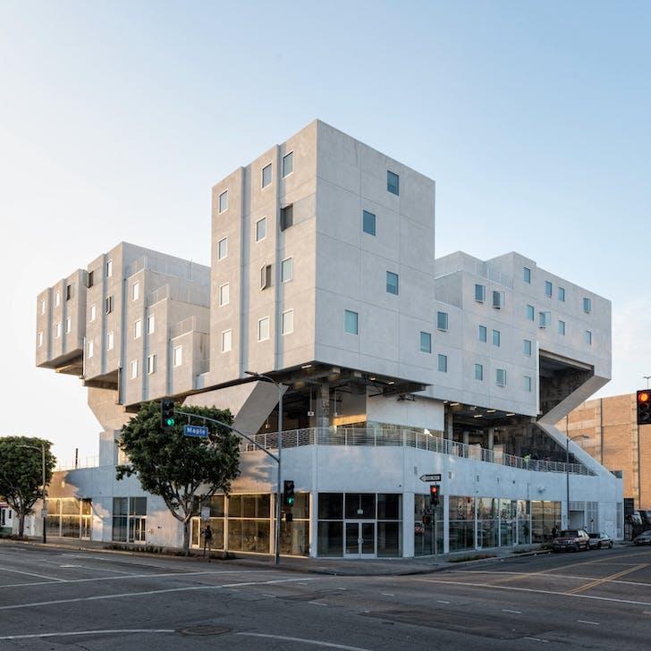 The Star Apartments located in downtown LA. Design by Michael Maltzan Architecture. Image courtesy of SRHT.