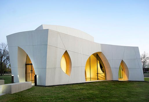 Originally designed during the 1990s by Philip Johnson Alan Ritchie Architects, the Cathedral of Hope, Interfaith Peace Chapel in Dallas was completed in 2010 by Cunningham Architects as the construction architect. Image via Cunningham Architects's firm profile on Archinect.