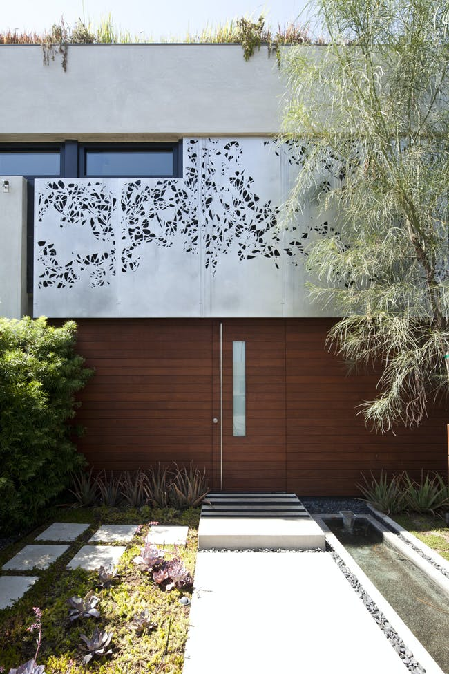 Millwood Residence in Venice Beach, CA by Tighe Architecture