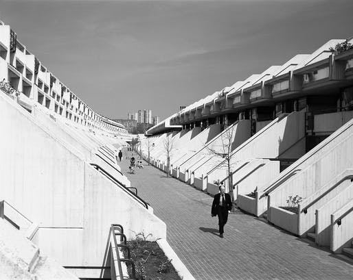 Alexandra Road Estate, Camden, London, 1979. © Martin Charles, RIBA Collections.