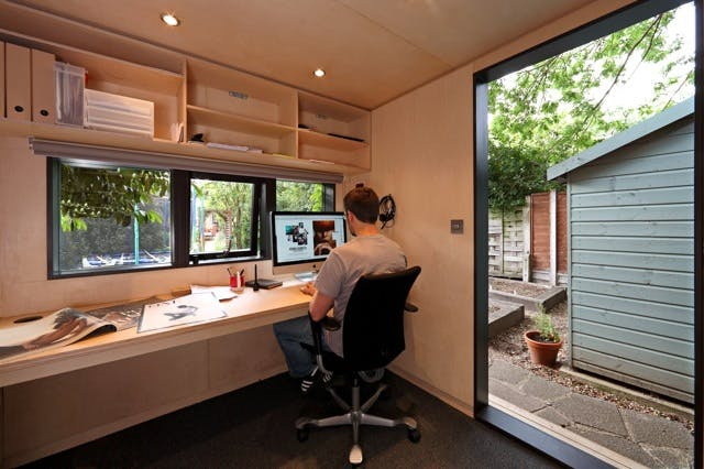 init studios garden office. small and compact this garden office is perfect for any london home www init studios